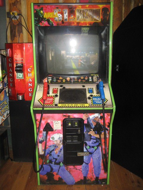 Area 51- Max Force arcade video game - Arcade Games - The Coin ...